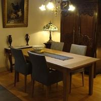 Landelijke eetkamer met antieke meubelen, Antiek & Interieur Den Ouden Overzet, Melsele