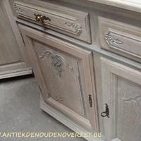 Verlichten van uw donkere meubelen, Antiek & Landleijk Interieur Den Ouden Overzet, Melsele