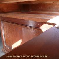 Ontsmetten tegen houtworm en zwam van hout, Antiek & Landelijk Interieur Den Ouden Overzet, Melsele