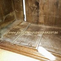 Restaureren van antieke meubelen, Antiek & Landelijk Interieur Den Ouden Overzet, Melsele