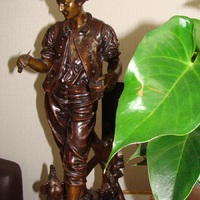 Warm brons in het interieur, Antiek & Interieur Den Ouden Overzet, Melsele