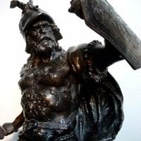 Stoer antiek in kunstbrons, Antiek & Interieur Den Ouden Overzet, Melsele