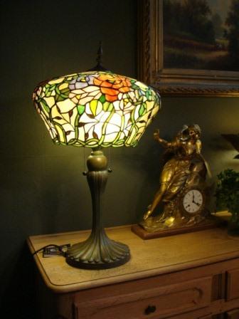 Wonderbaar Tiffany lampen en meer... chique en feeëriek.... HR-92