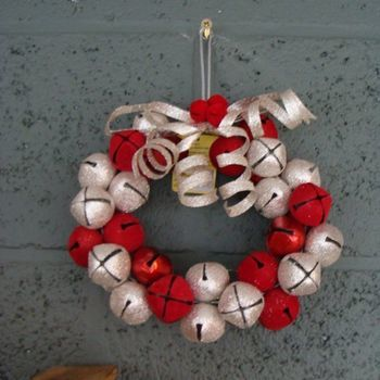 Kerst : Boyds Home Coll. Jingle Bell Wreath Ornament.