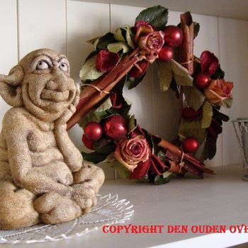 Kerst : Kerstkrans van gevriesdroogde rozen.