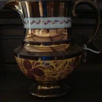 Porcelein : goudkannetje Lusterware.
