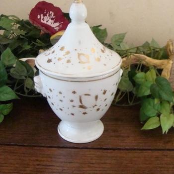 Porcelein : Vieux Bruxelles suikerpot.