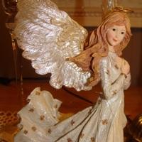 Engel : Annalisa Guardian of Virtue