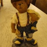 Stoneware : Russ Q Mc Bearsley