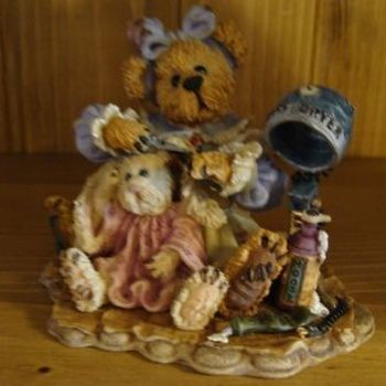 Stoneware : Wanda and Gert... a little off the Top