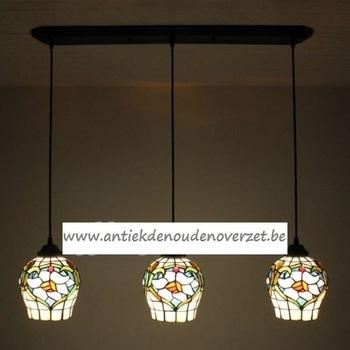 Plafondlamp pendant, tulpvormige kapjes DOO1710/031