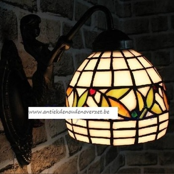 Wandlamp tiffany, engel met besjes DOO1710/035