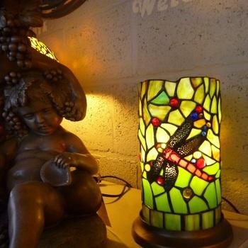 Windlicht tiffany, libel in cilindervorm DOO1710/077