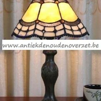 Tafellamp tiffany, eenvoudig geschulpt DOO1710/081