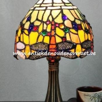 Tafellamp tiffany, libel in het goud DOO1710/084