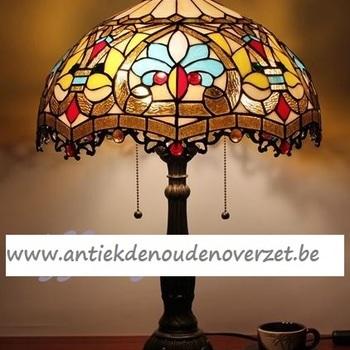 Tafellamp tiffany, gestyleerd Art Deco motief DOO1710/158