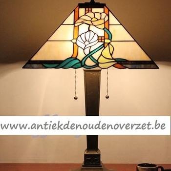 Tafellamp tiffany, aronskelk in vierkant DOO1710/164