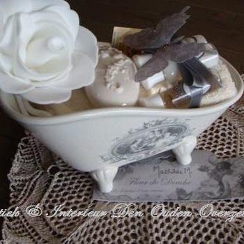 """Porcelein zeepbadje groot """"Fleurs de douche"""" (gevuld)"""
