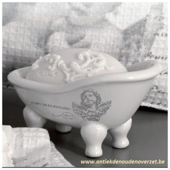 "Porcelein zeepbadje klein ""Ange"""