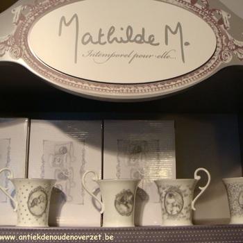 Set van 4 porcelein tasjes