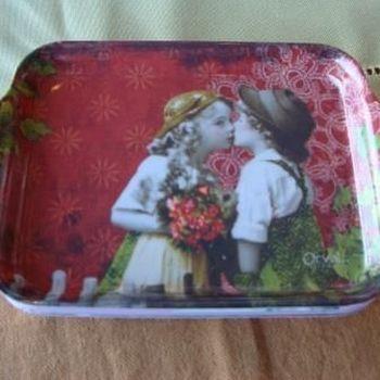"""Dienblaadje/tray, klein, """"Madeleine je t'aime"""""""