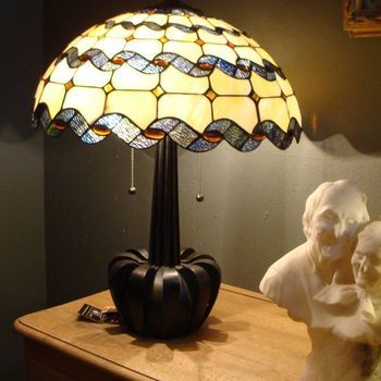 Tafellamp tiffany 5405, iriserend.