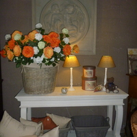 Massieve meubelen, geboend of geschilderd : één adres... Landelijk Interieur & Antiek Den Ouden Overzet te Melsele