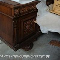 B. Onderkastje vitrine onbewerkt, Antiek en Interieur Den Ouden Overzet.JPG
